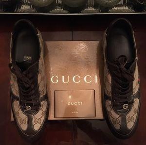 Gucci Sneakers EU39